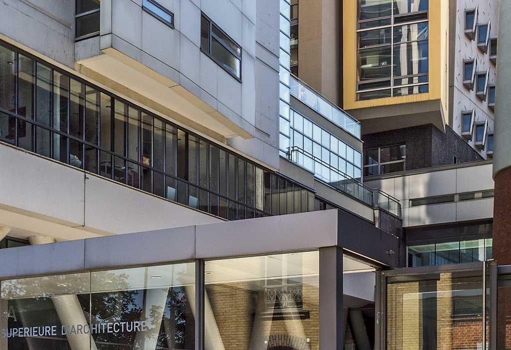 Entrée de l'École nationale supérieure d'architecture Paris-Val-de-Seine, quai Panhard-et-Levassor